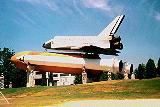 Raketoplán Pathfinder, pro srovnání velikosti s člověkem