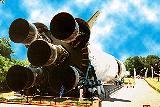 Největší raketa na světě Saturn 5, pro srovnání velikosti s člověkem
