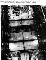 Nebýt vyčnívající záchranné věžičky, typické pro Saturn 1B, těžko by z tohoto pohledu někdo určil typ rakety