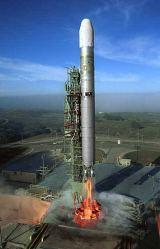 Poslední Titan 2 startuje z SLC 4W na základně Vandenberg AFB (18. 10. 2003)