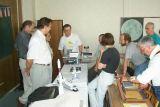Diskuse nad modely V.Plachého - majitel modelů je vzadu uprostřed (foto T.Přibyl)