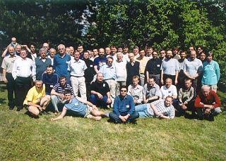 Společná fotografie účastníků KNP 2004