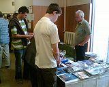 Výstavka a prodej kosmonautických memorabilií v předsálí KNP 2007