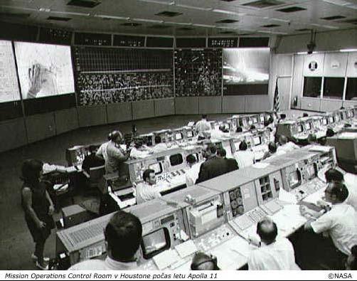 MOCR v Houstoně počas letu Apolla 11