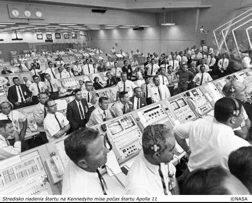 Stredisko riadenia štartu na Kennedyho myse počas štartu Apolla 11