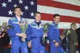Členové Expedice 1 po přistání na Zemi (21.03.2001)
