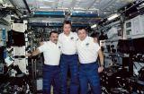 Expedice 3 na ISS krátce před návratem na Zemi (09.12.2001)