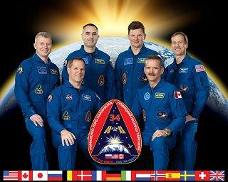 Expedice 34 (zleva: Novickij, Ford, Tarjelkin, Romaněnko, Hadfield, Marshburn)