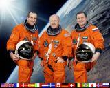 Expedice 6 na ISS (zleva Pettit, Bowersox a Budarin)