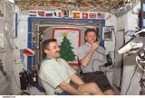 Členové Expedice 8 na ISS (29.12.2003)