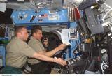 Členové Expedice 9 na ISS (25.05.2004)