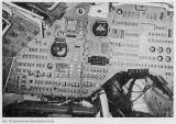 Obr.17) Apollo - Levá polovina hlavní palubní desky (foto)