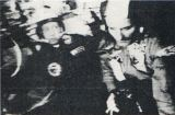 Velitelé v Sojuzu - vlevo Leonov, vpravo Stafford