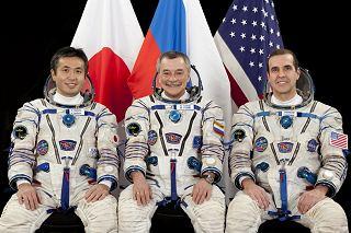 Posádka Sojuzu TMA-11M (zleva:  Wakata, Tjurin, Mastracchio)