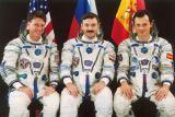 Posádka Sojuzu TMA-3 (zleva: Foale, Kaleri, Duque)