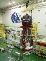 Sojuz TMA-5 při předstartovní přípravě (07.10.2004)