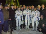 Posádka Sojuzu TMA-5 před startem (14.10.2004)