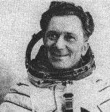 6) Podplukovník Sigmund Jähn