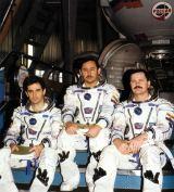 Posádka Sojuzu TM-27 při výcviku (1997)