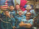 Posádka Sojuzu TM-27 s původní posádkou Miru (31.01.1998)