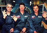 Posádka Sojuzu TM-28 (zleva : Baturin, Padalka, Avdějev)