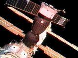Sojuz TM-32 po připojení k ISS (30.04.2001)