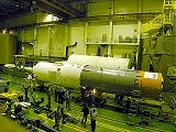 Předstartovní příprava lodi Sojuz TM-32 (25.04.2001)