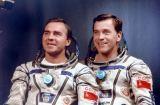 Posádka Sojuzu TM-8