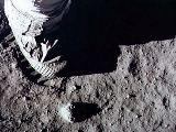 První krok na Měsíci