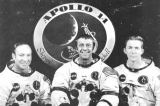 Američtí astronauté - posádka Apolla 14, zleva: pilot měsíčního modulu Edgar B. Mitchell, velitel letu Alan B.Shepard ml. a pilot velitelského modulu Stuart A. Roosa