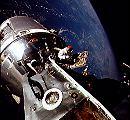 Scott z Apolla 9 při EVA (06.03.1969)