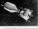 Na oběžné dráze kolem Měsíce: exkurzní část se odděluje od pomocné a ovládací části