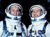 Posádka Gemini 4 (zleva White a McDivitt)