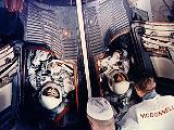 Cooper a Conrad v kabině Gemini 5 před startem