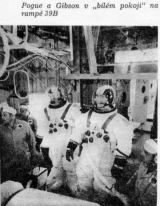 """Pogue a Gibson v """"bílém pokoji"""" na rampě 39B"""