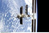 ISS při odletu Endeavour STS-100 (29.04.2001)