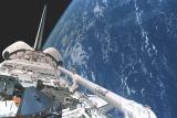 Nákladový prostor Atlantis na oběžné dráze (20.05.2000)