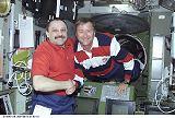 Přivítání velitelů základních posádek ISS (12.08.2001)