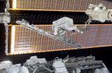 Walheim při EVA-1 (11.04.2002)