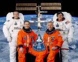 Posádka STS-111 (bez členů Expedice 5)