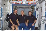 Společná fotografie členů Expedice 6 na ISS (26.11.2002)