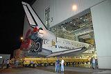Discovery při převozu do VAB k přípravě na let STS-116 (31.10.2006)