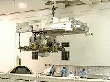 Instalace plošiny ESP-3 do nákladového prostoru Endeavour STS-118 (20.06.2007)