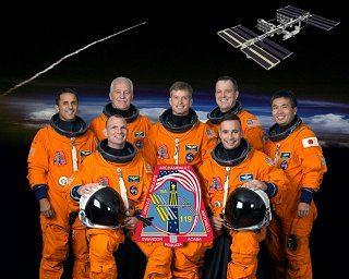 Posádka STS-119