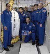 Posádka STS-119 při TCDT (22.01.2009)