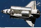 Raketoplán Discovery STS-120 při příletu k ISS (25.10.2007)