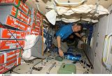 Nespoli v modulu Zarja na ISS (25.10.2007)