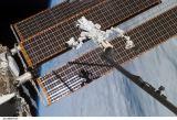 Manipulátor Dextre na konci SSRMS po dokončení aktivace (19.03.2008)