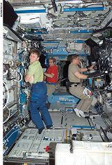 Whitsonová, Eyharts a Behnken v modulu Destiny (15.03.2008)