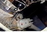 Behnken a Foreman při EVA-4 (21.03.2008)